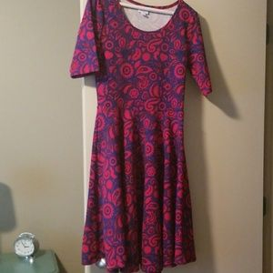 LuLaRoe red and blue print dress